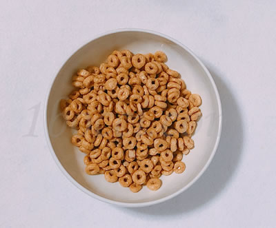 General Mills Honey Nut Cherrios(ジェネラルミルズハニーナットチーリオス)の天然蜂蜜の匂い
